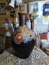 Кувшин с точечной глазурной росписью